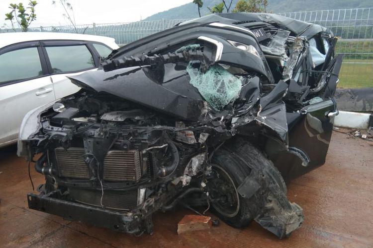 Kecelakaan terjadi di Jalan Tol Batang-Semarang, Minggu (3/3/2019) menewaskan satu orang dan dua lainnya luka-luka