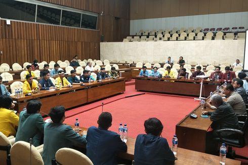 Mahasiswa: Kami Lihat DPR Tidak Peduli dengan Masyarakat