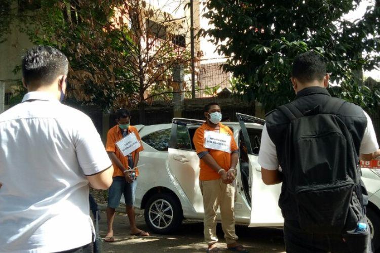 Rekonstruksi rencana penyerangan kelompok John Kei terhadap kelompok Nus Kei. Rekonstruksi itu dilakukan di Arcici Sport Center, Cempaka Putih, Jakarta Pusat pada Senin (6/7/2020).