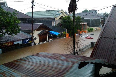 3 Orang Tewas akibat Longsor dan Banjir di Manado, Pengungsi Hanya Bisa Makan Mi Instan
