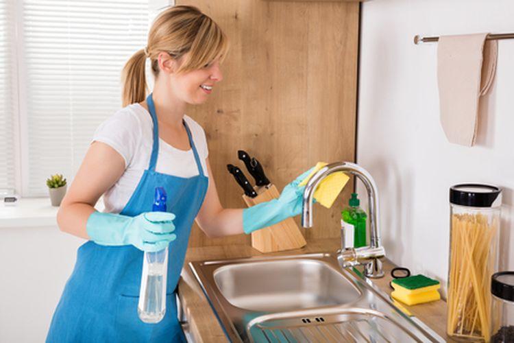 Ilustrasi membersihkan dapur.