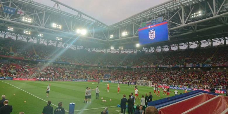 Suasana Otkrytiye Arena saat timnas Kolombia dan timnas Inggris melakukan pemanasan jelang laga 16 besar Piala Dunia 2018, Selasa (3/7/2018)
