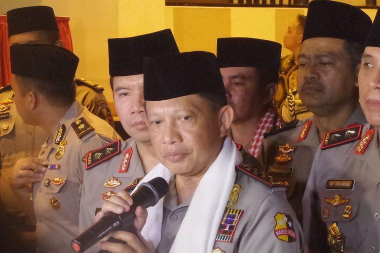 Kapolri Jenderal Pol Tito Karnavian didampingi Kapolda Metro Jaya Irjen M Iriawan beserta jajaran kepolisian saat menghadiri acara Tabligh Akbat di GOR PTIK, Jakarta, Kamis (18/5/2017).