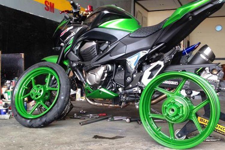 salah satu pelek motor sport yang di cat di bengkel Setia Motorsport