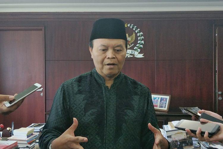 Wakil Ketua Dewan Penasihat Badan Pemenangan Nasional (BPN) pasangan Prabowo Subianto-Sandiaga Uno, Hidayat Nur Wahid saat ditemui di Kompleks Parlemen, Senayan, Jakarta, Senin (6/5/2019).