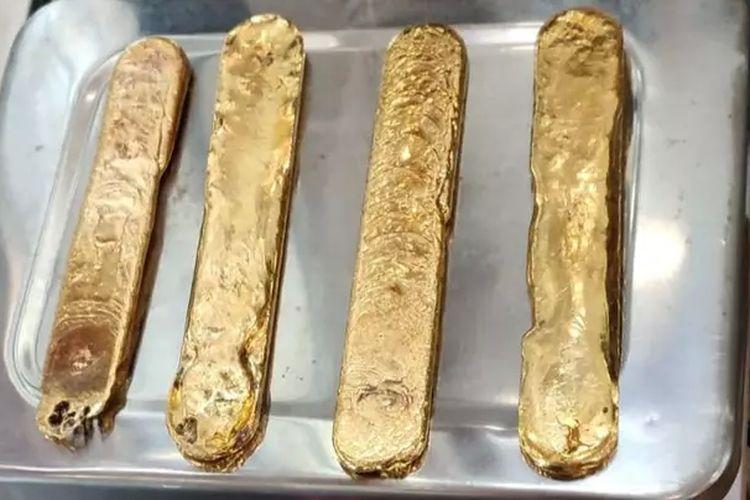 Sejumlah emas batangan yang disembunyikan oleh seorang pria di Bandara Kannur, India.