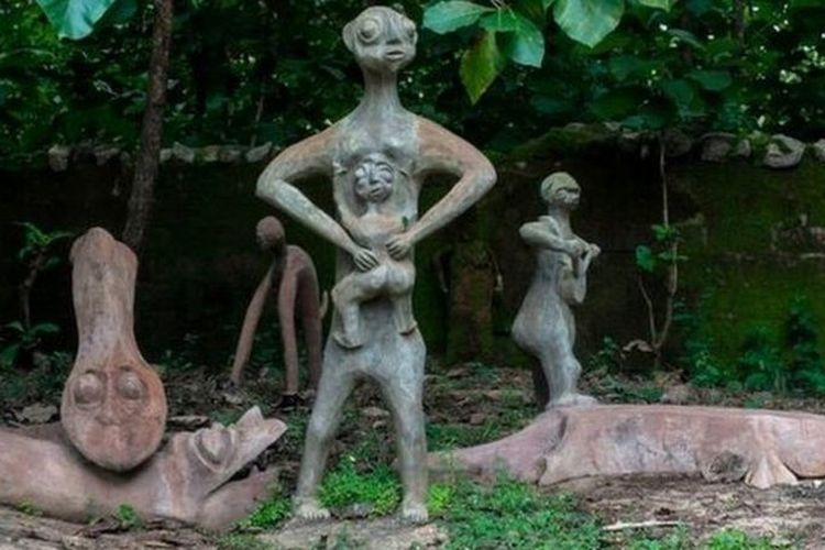 Para penganut kepercayaan Yoruba menuduh Tobiloba Jolaosho menodai tempat keramat mereka.