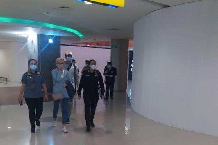 Kantor Imigrasi (Kanim) Kelas I Khusus TPI Ngurah Rai,Balimendeportasi warga Rusia, Ekaterina Trubkina, Jumat (19/3/2021).