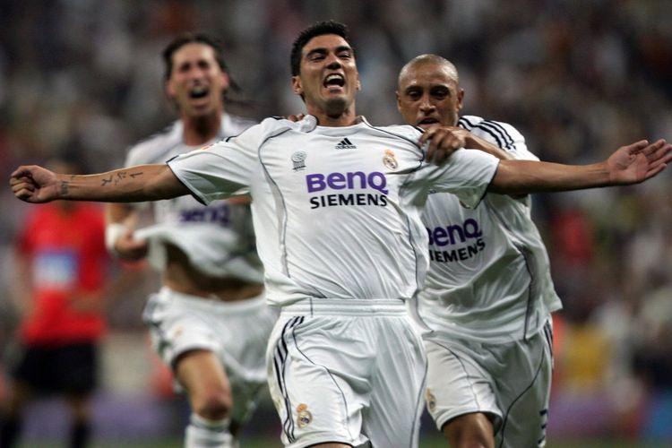 Jose Antonio Reyes turun dari bangku cadangan untuk menjadi penentu Real Madrid menjuarai gelar Liga Spanyol 2006-2007.