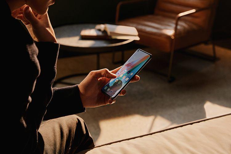 Oppo Find X3 Pro 5G menggunakan prosesor Qualcomm Snapdragon 888 5G mobile platform.