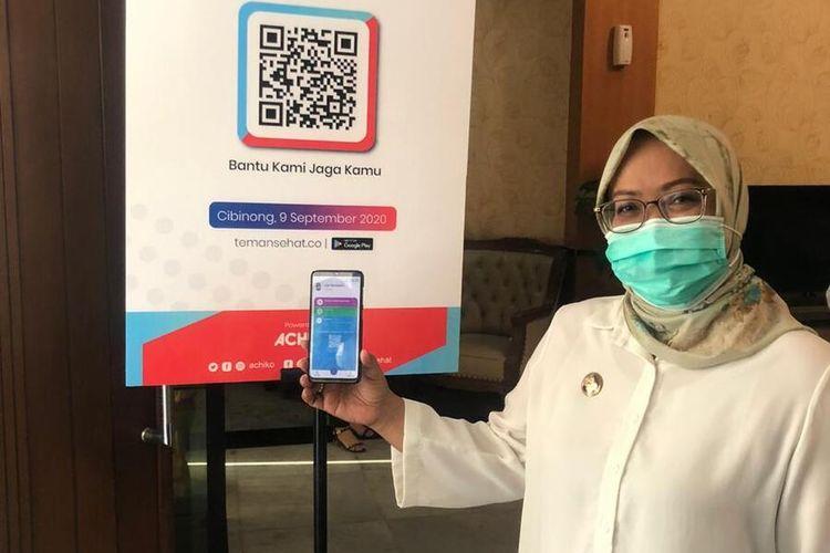 Bupati Bogor Ade Yasin saat meluncurkan aplikasi Teman Sehat sebagai alat penelusuran kontak untuk melacak individu yang terdampak Covid-19 di Cibinong, Kabupaten Bogor, Jawa Barat, Kamis (10/9/2020).