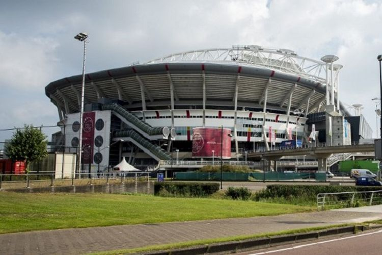 Eksterior Stadion Amsterdam Arena yang menjadi markas Ajax Amsterdam. Foto diambil pada 19 September 2014.