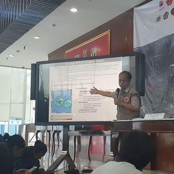 Kepala Pusat Data Informasi dan Humas BNPB Sutopo Purwo Nugroho dalam jumpa pers di kantornya, Senin (18/3/2019)