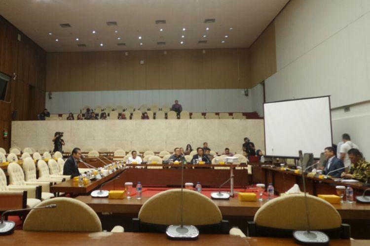 Rapat pansus hak angket KPK bersama asosiasi advokat di Kompleks Parlemen, Senayan, Jakarta, Kamis (31/8/2017).