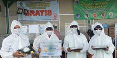 Gandeng Dompet Dhuafa, UMKM Pasar Santa Salurkan 150 Paket Makanan untuk Kelompok Rentan