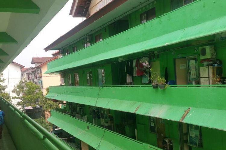 Rumah susun sederhana sewa (rusunawa) Bumi Cengkareng Indah, Cengkareng, Jakarta Barat.