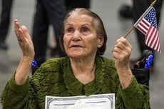 Wanita Iran Berusia 99 Tahun Resmi Jadi Warga AS