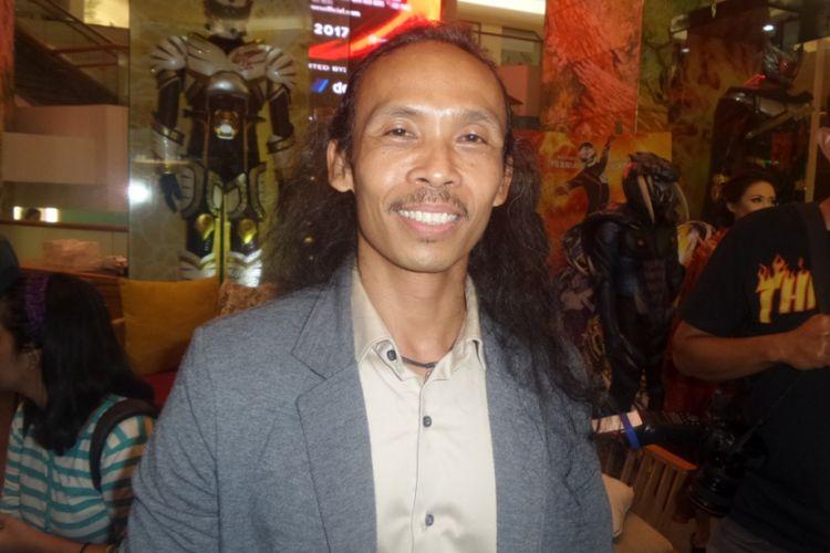 Yayan Ruhiyan diabadikan usai konferensi pers film Satria Heroes: Revenge of Darkness di Plaza Indonesia, Jakarta Pusat, Kamis (27/4/2017).