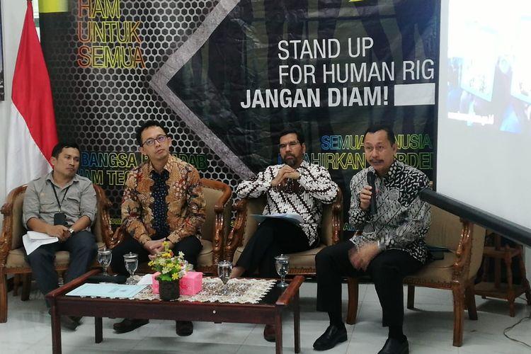 Ketua Komisi Nasional Hak Asasi Manusia (Komnas HAM) Ahmad Taufan Damanik dalam konferensi pers di Kantor Komnas HAM, Jakarta, Jumat (18/10/2019).