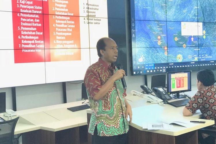 Kepala Pusat Data, Informasi dan Hubungan Masyarakat BNPB Sutopo Purwo Nugroho saat konferensi pers di Graha BNPB, Jakarta Timur, Jumat (25/10/2018).