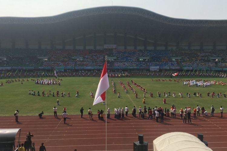 Kota Bekasi peringati Hari Kebangkitan Nasional (Harkitnas) dan tabliq akbar menyambut bulan suci Ramadhan 1438 H di Stadion Patriot Candrabhaga Kota Bekasi, Rabu (24/5/2017).