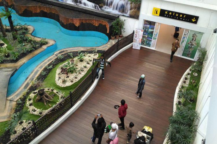 Bandara Sultan Aji Muhammad Sulaiman Sepinggan, Balikpapan masuk peringkat 10 besar dunia versi Airport Service Quality (ASQ). Peringkat tersebut berdasarkan kategori jumlah penumpang pada survei penilaian kepuasan penumpang triwulan II-2017 yang dilakukan oleh Airports Council International (ACI).