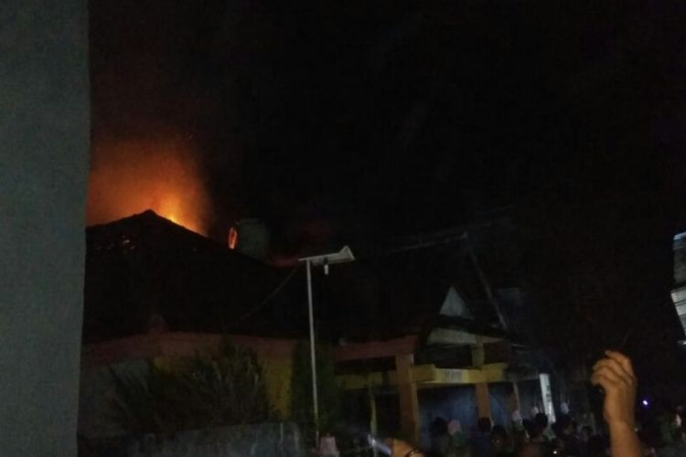 Situasi di lokasi kebakaran yang menewaskan seorang nenek pada Kamis (7/3/2019) dini hari