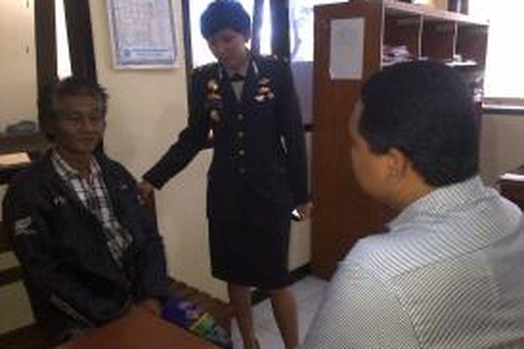 Polsek Lingsar, Lombok Barat, Nusa Tenggara Barat (NTB) amankan dukun cabul.