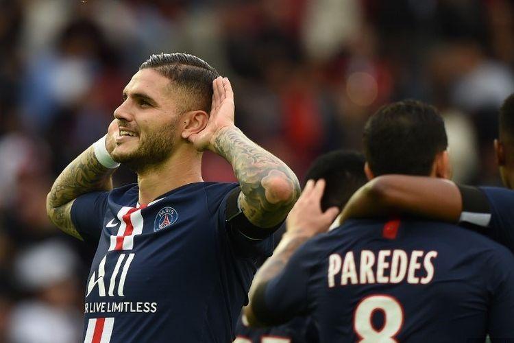 Penyerang Paris Sainr-Germain, Mauro Icardi, merayakan golnya pada pertandingan PSG vs Angers dalam lanjutan Liga Perancis di Stadion Parc des Princes, 5 Oktober 2019.