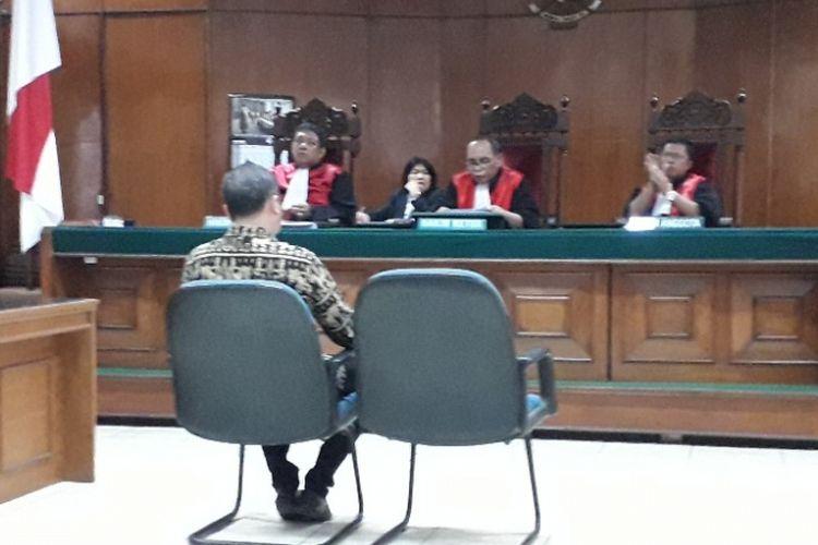 Caleg Partai Perindo David Rahardja ketika mengikuti sidang di Pengadilan Negeri Jakarta Utara, Kamis (22/11/2018).