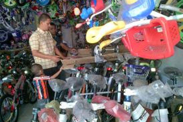 Penjualan sepeda sepi di bulan Ramadhan dibanding bulan-bulan sebelumnya.