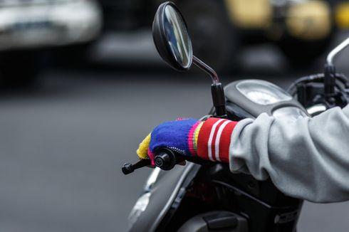 Seorang Pengendara Motor Mendadak Jatuh dan Tewas di Jalan Teluk Gong