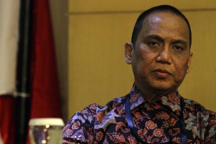 Indriyanto Seno Adji saat menjabat pelaksana tugas pimpinan KPK pada 2 Maret 2015.