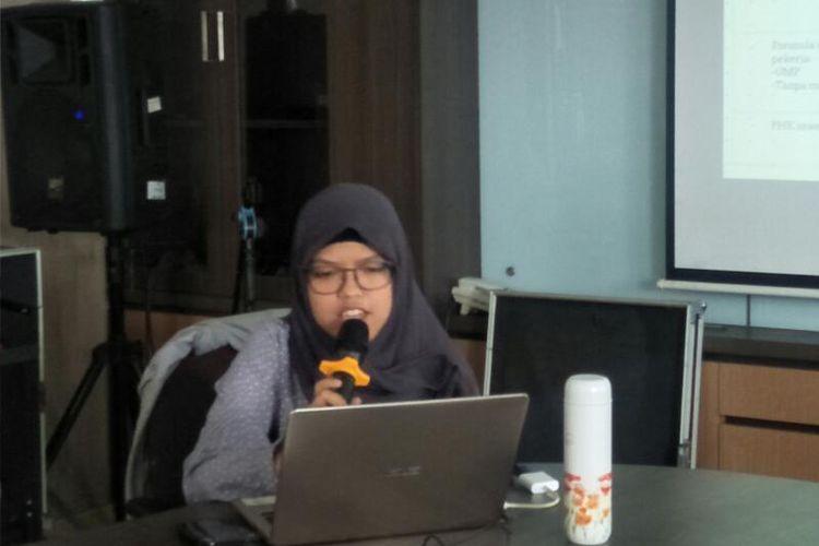 Peneliti Pusat Penelitian Politik Lembaga Ilmu Pengetahuan Indonesia (LIPI) Fathimah Fildzah Izzati dalam Diskusi Bertajuk Pro Kontra Omnibus Law RUU Cipta Kerja di Kantor LIPI, Jakarta Selatan, Kamis (27/2/2020)