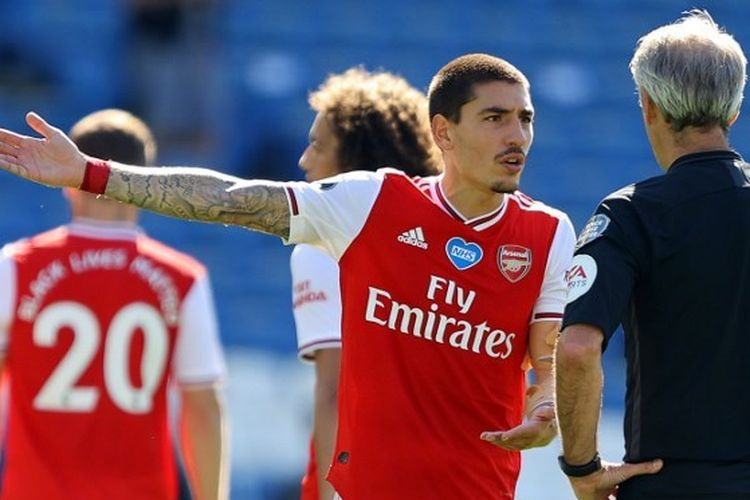Bek Arsenal, Hector Bellerin.