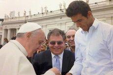 """Paus Akui Ada """"Lobi Gay"""" di Vatikan"""