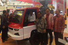 Jokowi Pilih Duduk di Kabin Mobil Perdesaan