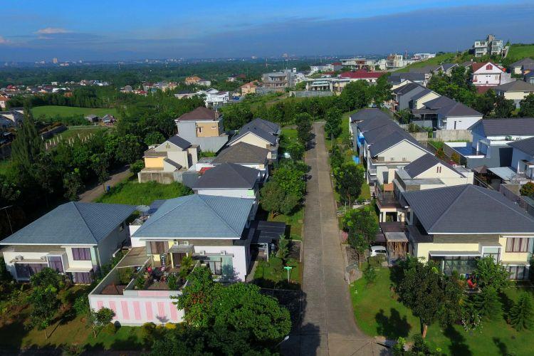 Sentul City akan menganggarkan belanja modal sebesar Rp 500 miliar. Saat ini Sentul City tengah mengembangkan superblok Centerra di Central Business Distric (CBD) Sentul City seluas 7,8 hektar.