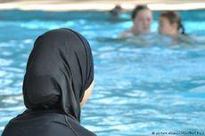 Wanita Ini Didenda Rp 7 Juta karena Berenang dengan Burkini