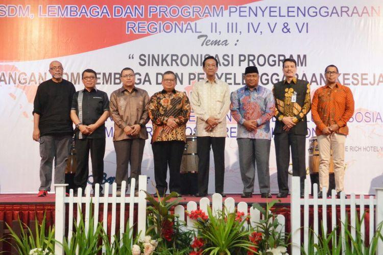 Rapat Koordinasi Pembangunan SDM, Lembaga dan Program Penyelenggaraan Kesejehteraan Sosial Tahun 2018, di Hotel Rich Yogyakarta, Minggu (5/6/2018).