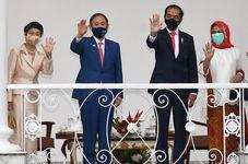 President Joko Widodo Welcomes Japanese PM Suga to Indonesia