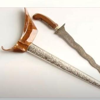[Tangkapan Layar] senjata tradisional Terapang, Lampung