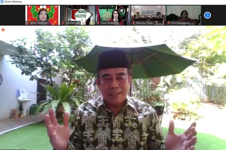 Menag Fachrul Razi dalam webinar Kesiapan Menghadapi Era New Normal dari Perspektif Lintas Agama yang digelar oleh Kongres Wanita Indonesia (Kowani) dan Kementerian Agama, di Jakarta, Sabtu, 25 Juni 2020.