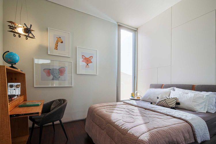 Kamar tidur anak RL Residence karya Michael Lauw Studio.
