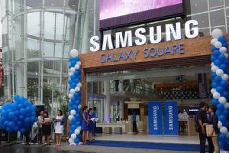 Samsung Experience Store terbesar di Asia Tenggara dibuka di Bali, Rabu (19/4/2014)
