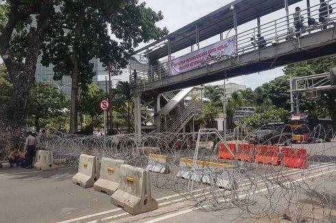 Ada Demo Buruh, Polisi Tutup Jalan Medan Merdeka Barat