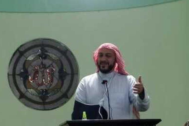 Syekh Ali Jaber saat memberikan tausyiah di Masjid Khadijah Kota Malang, Kamis (17/9/2020).