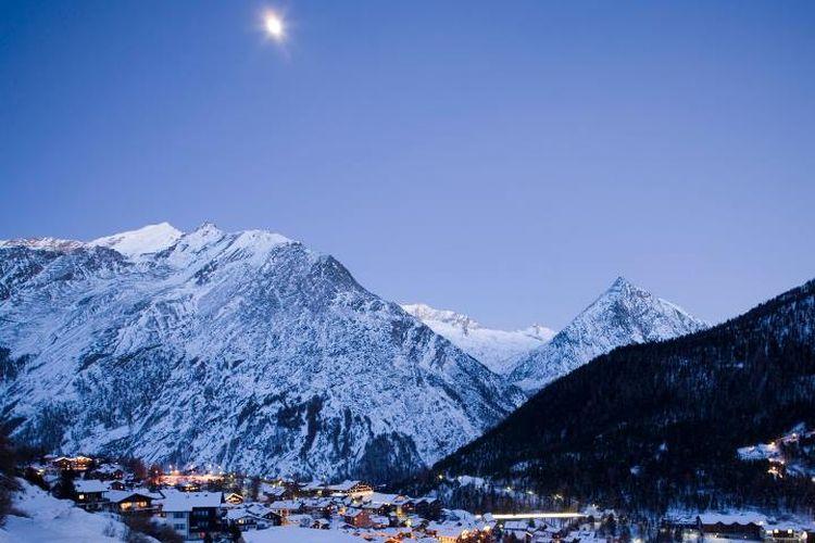 Pegunungan Alpen, Swiss. (Alamy via The Guardian)