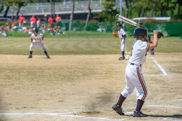 Ilustrasi cara bermain softball