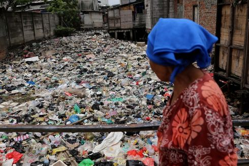 Pemerintah Campur Sampah Plastik dengan Aspal